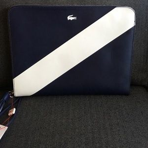 Laptop/iPad zippered sleeve/ case